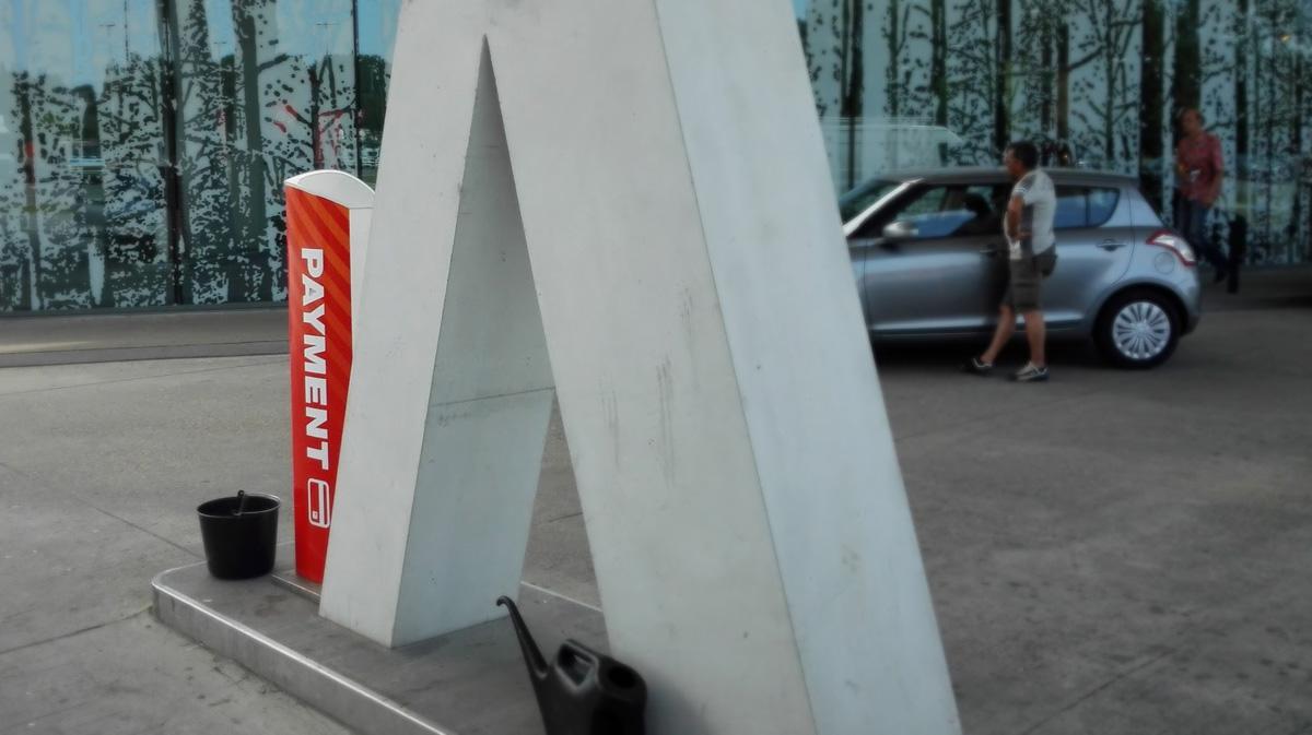 Terminal de paiement avec écriture verticale